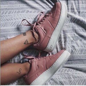 NWT🎀Nike upstep Air Force 1 leather pink